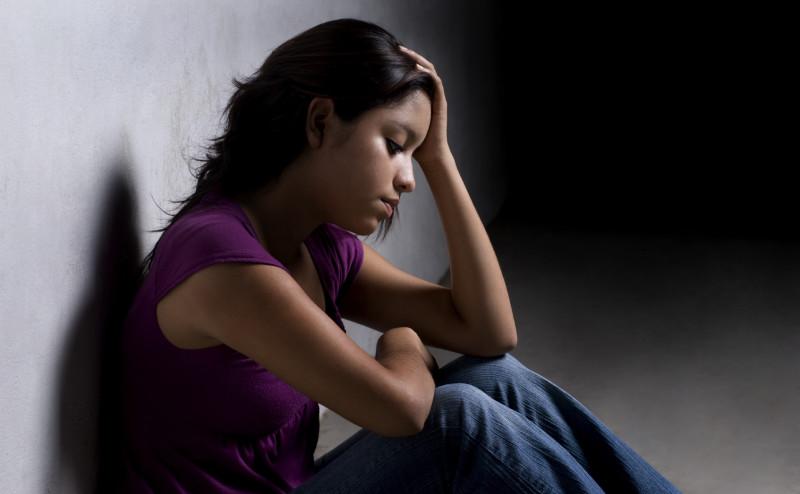 كيف يمكن التخلص من الاكتئاب و عدم الثقة فى الاخرين؟