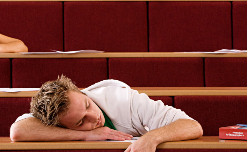 خمسة مهام يقوم بها الدماغ أثناء النوم لكي يحميك خلال نومك