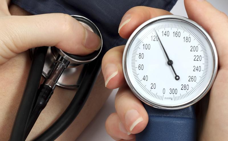 لماذا يرتفع ضغط الدم عند الرجال أكثر