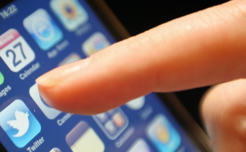 كيف تعبث التكنولوجيا بأجسامنا وأدمغتنا