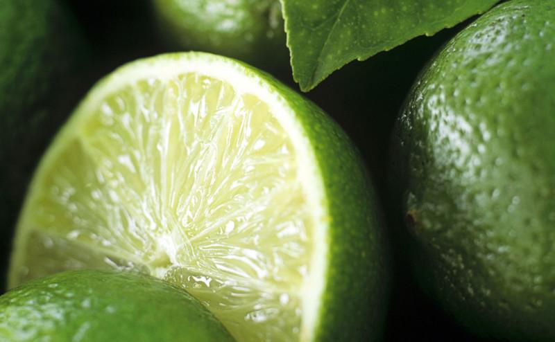 عصير الليمون بديل لعلكة النيكوتين