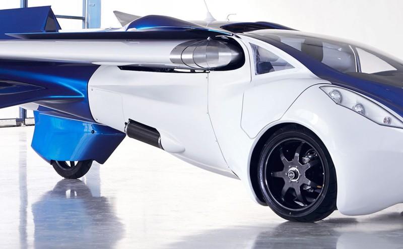 شاهد أول سيارة تطير في العالم