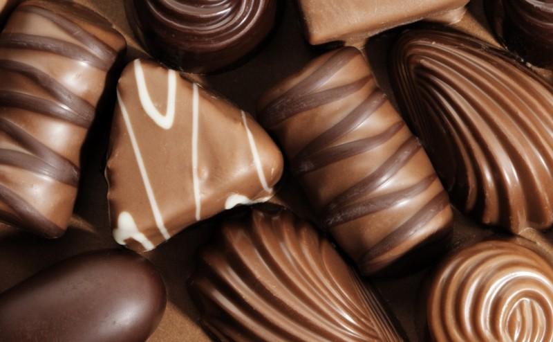 تسعة أسباب , لماذا يتوجب عليك أكل الشُوكولاته!