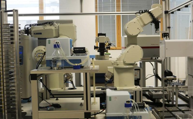 إنسان آلي يكتشف دواء للملاريا