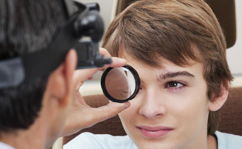 العلاج المبكر لالتهاب القزحية يمكن أن يحمي من العمى