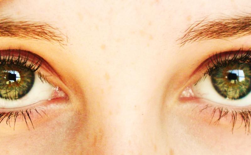 كيف تكتسب العيون لونها