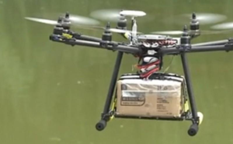 طائرة بدون طيار تعمل كساعي بريد