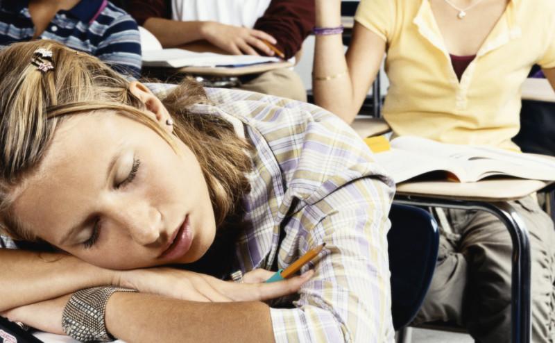 الحقيقة العلمية وراء عقلية المراهقين