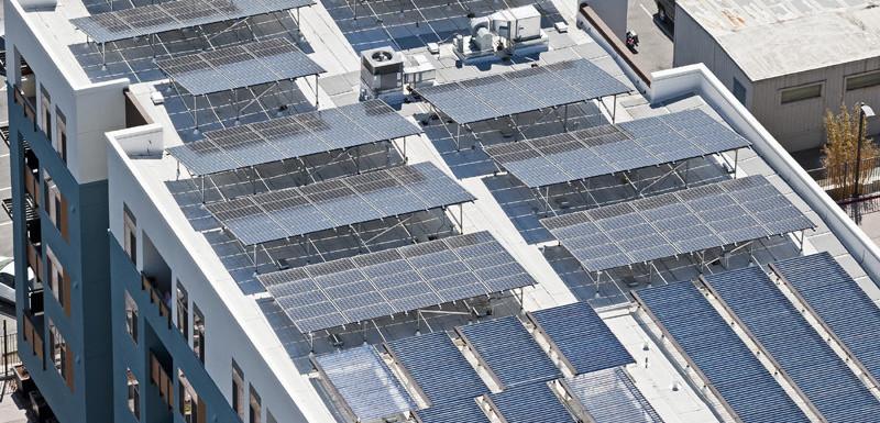 الكريستال السائل سبب محتمل لتخفيض سعر الخلايا الشمسية