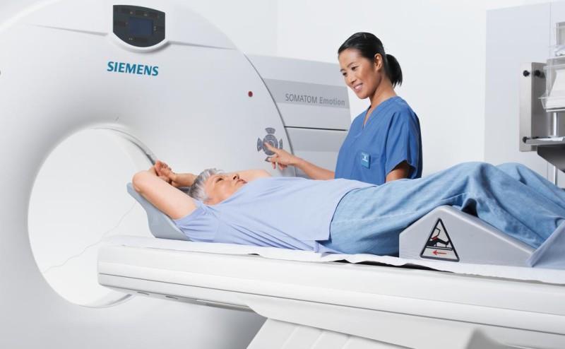 كل ما تود معرفته عن التصوير بالأشعة المقطعية (CT scan)
