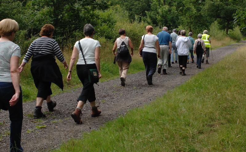 القليل من رياضة المشي يحسن الصحة كثيرا بشكل لا تتخيله