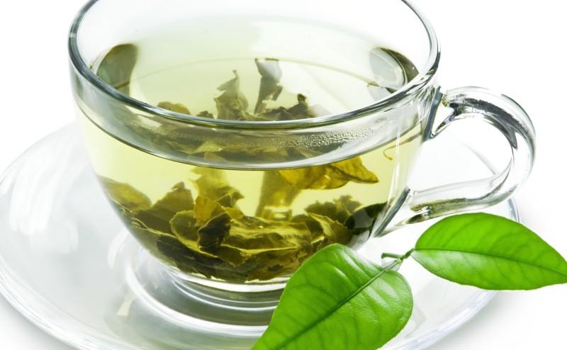 10 فوائد مثبتة علمياً للشاي الأخضر
