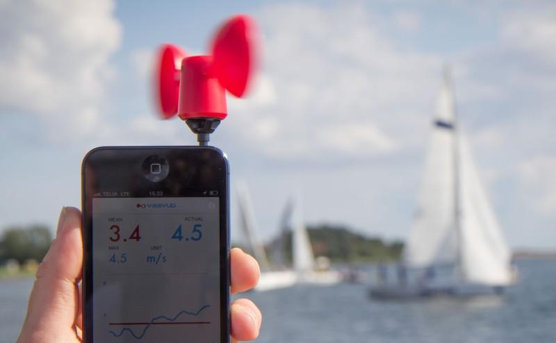 مستشعرات الهواتف الذكية قد تلقي بمعدات مراقبة الطقس الغالية في القمامة