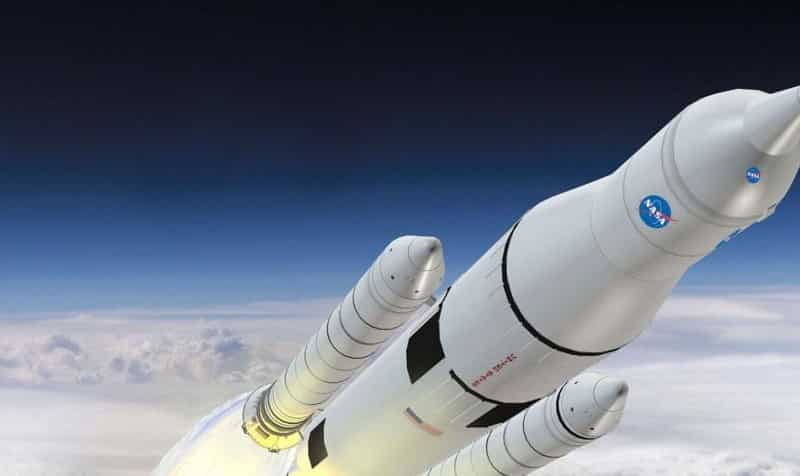 ما هي السرعة القصوى التي يمكن للبشر السفر من خلالها عبر الفضاء
