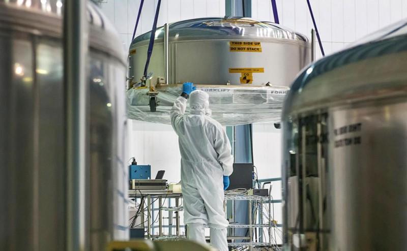 بالصور: نظرة من داخل المصنع على أكبر تلسكوب فضائي في العالم