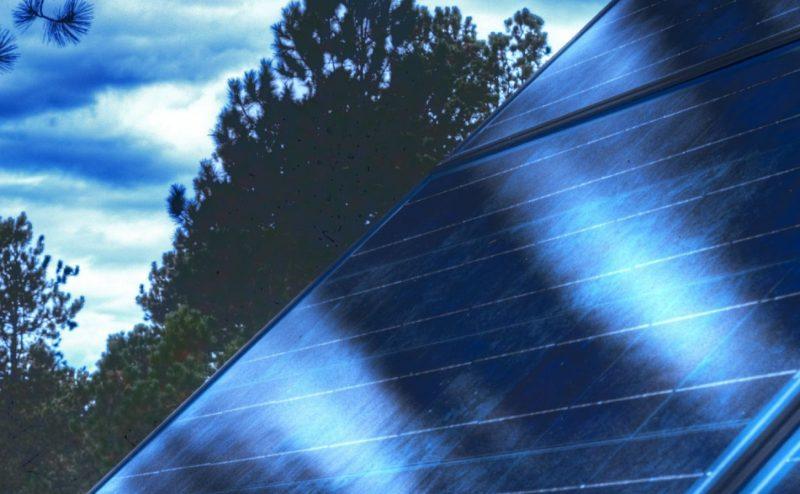 غطاء شفاف جديد ينقذ الخلايا الشمسية من السخونة