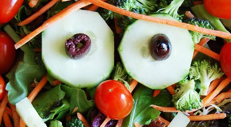 كيف يمكن تحسين الدورة الدموية عن طريق النظام الغذائي