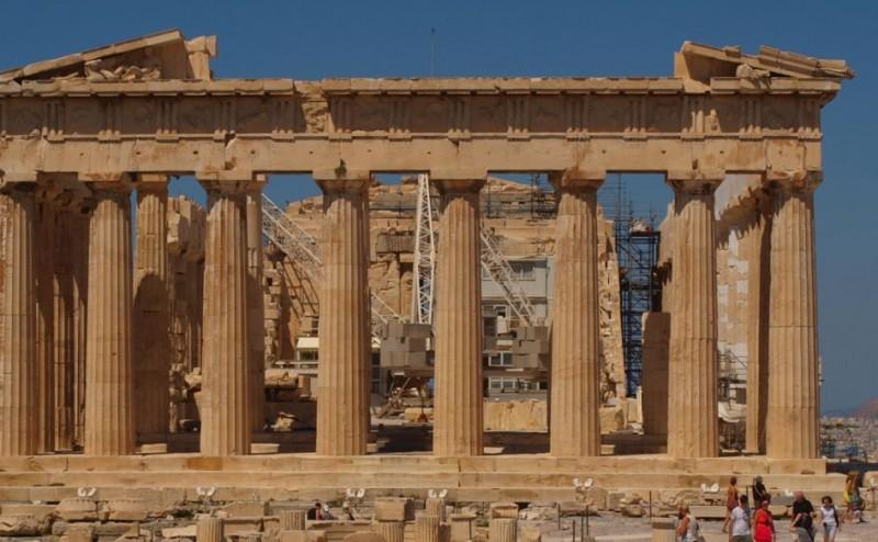 كيف يقوم العلماء بتحديد عمر الأحافير الأثرية؟