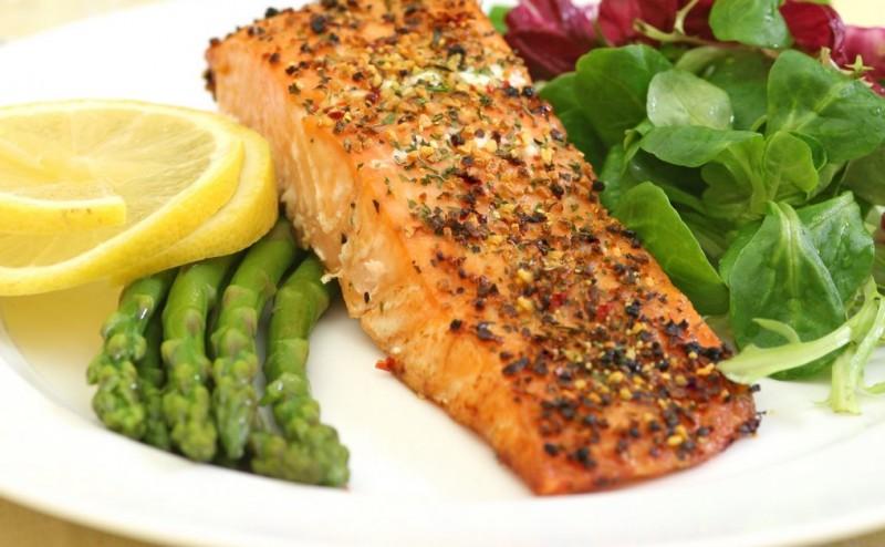 نظام الكيتو الغذائي منخفض الكربوهيدرات والحمية يمكن أن ينقذا حياتك