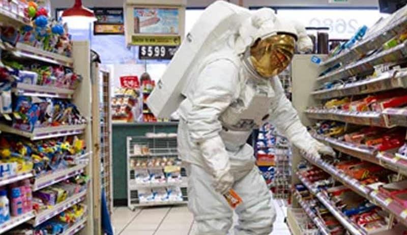 ماذا يأكل رواد الفضاء؟