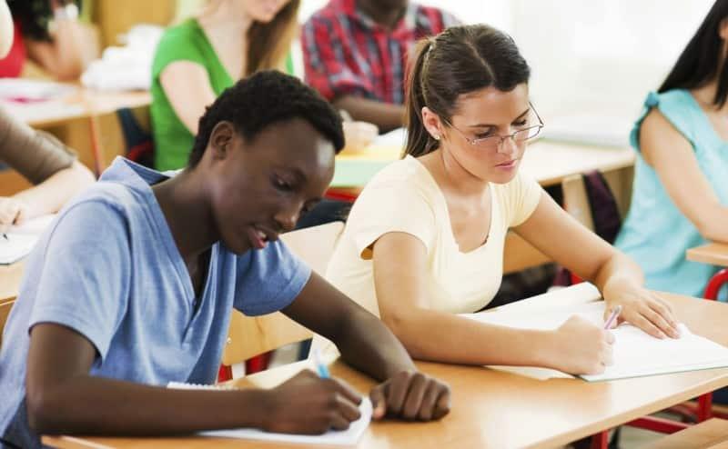 في موسم الامتحانات: 10 نصائح لترفع معدل علاماتك