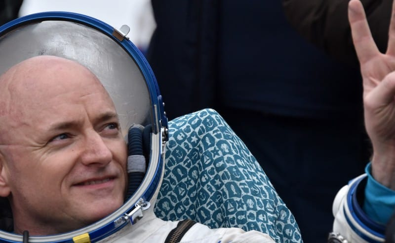 لماذا ازداد طول سكوت كيلي بوصتين بعد رحلته إلى الفضاء