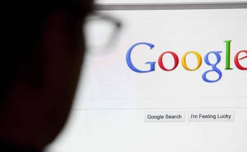 جوجل يعرف عنك أكثر من اللازم!