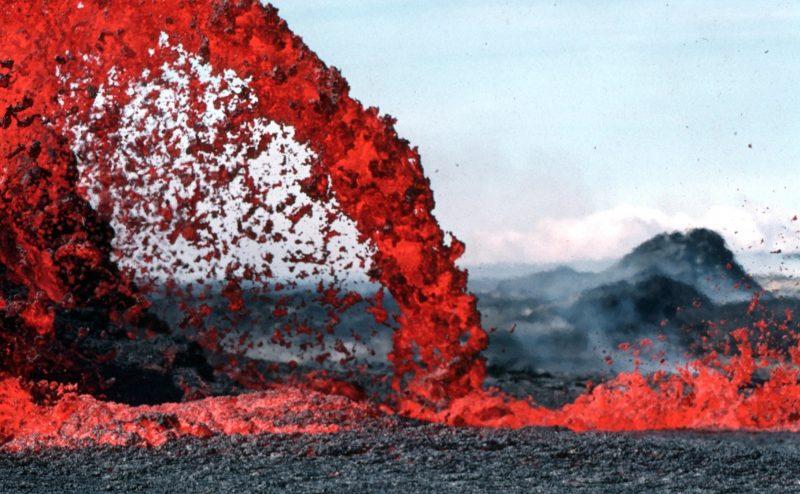 20 حقيقة لا تعرفها عن الحمم البركانية