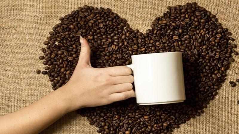 كيف يمكن لشرب القهوة باعتدال أن تحمي قلبك