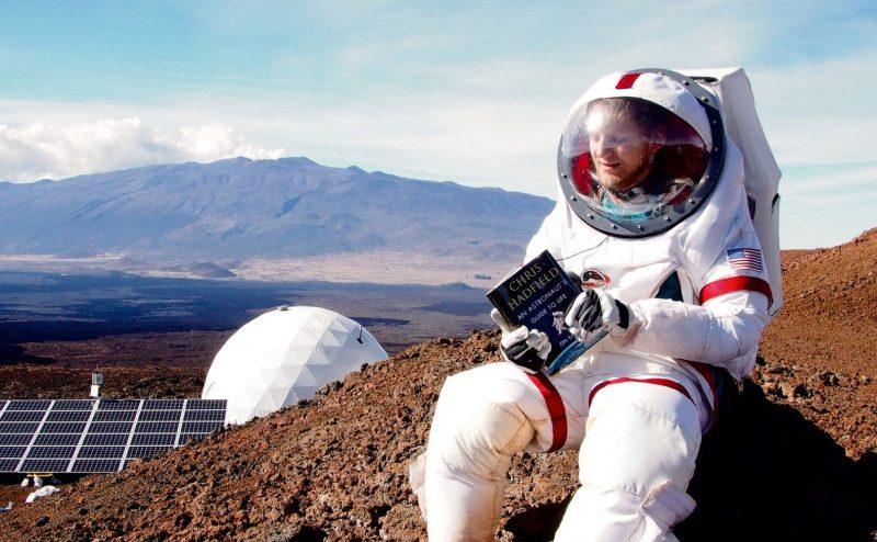 بعد سنة كاملة من المحاكاة المريخية، العلماء يخرجون من قبة هاواي