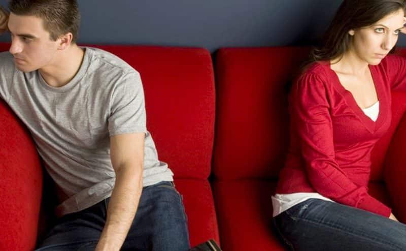 خلافات الأزواج الصامتة تؤذي أطفالهم أيضاً