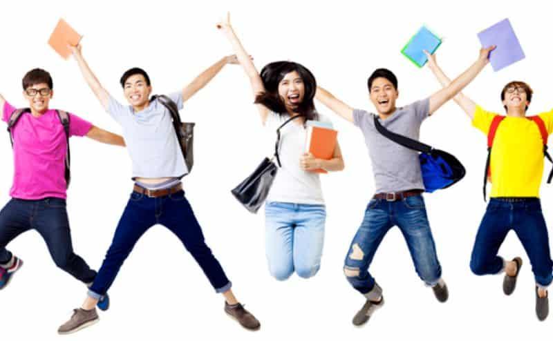 العلم يكشف بأن دماغ المراهقين مجهّز ليجعلهم أنانيين