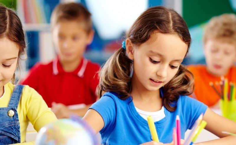 كيف تتعلم وكأنك تمتلك دماغ طفل صغير من جديد؟