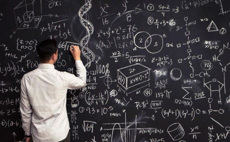 لماذا يؤمن علماء الرياضيات بوجود الله أكثر من بقية العلماء؟