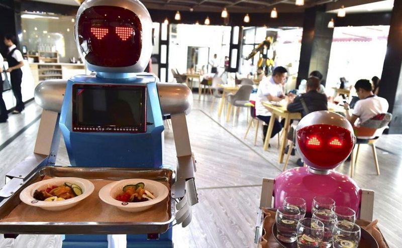 هل علينا القلق على وظائفنا؟ تعرف على أبرز الوظائف المهددة من قبل الروبوتات