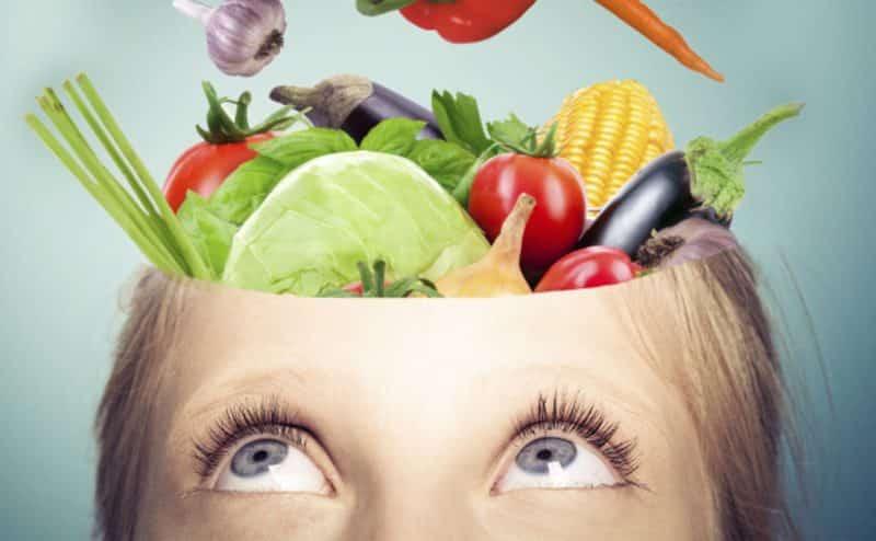 إذا كنت تبحث عن صحةٍ عقليّةٍ أفضل.. عليك بالخضار والفواكه الطازجة