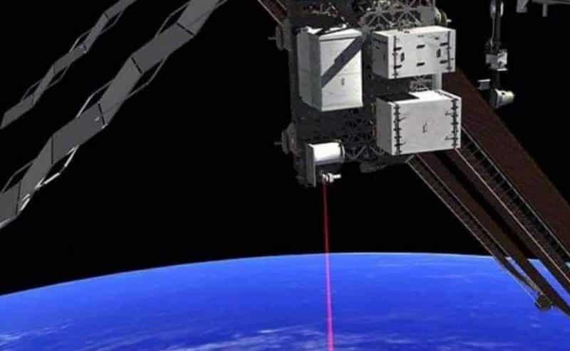 الليزر السحابي يمكن أن يساعد العلماء على إنشاء شبكة انترنت كمومية