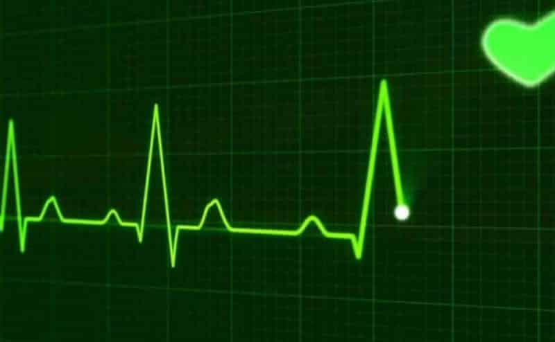 مستشعر ذاتي التشغيل يعمل على مراقبة القلب والعمليات