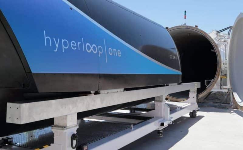 """كبسولات نقل الركاب الفائقة السرعة """"Hyperloop"""" صعبة وخطيرة وفقاً للعلماء"""