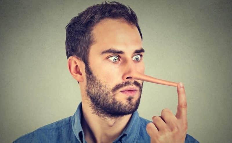 تعرَّف على العبارات التي تكشف بها كذب الآخرين
