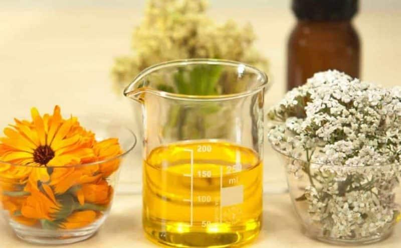 تحتوي الزيوت الطبيعية على كثير من الفوائد الجمالية! تعرفي عليها