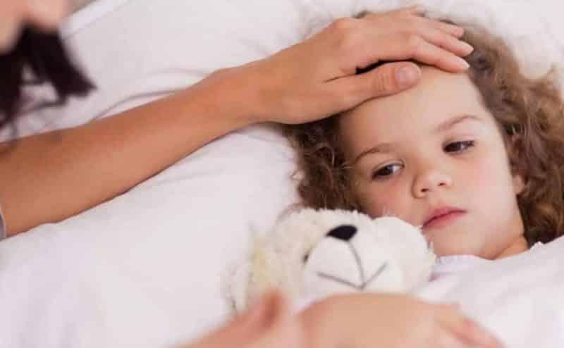 تعرّف على بعض الأعراض الشائعة لدى الأطفال والرضع