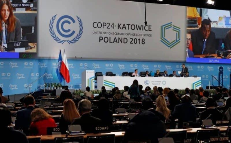 بعد تمديد المحادثات مؤتمر المناخ يتبنى إطارًا للتنفيذ العملي لإتفاق باريس
