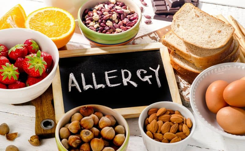 الملايين من الناس يعتقدون عن طريق الخطأ أنهم يعانون من الحساسية الغذائية