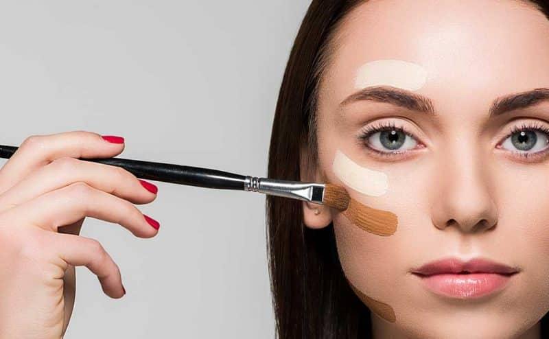 مستحضرات التجميل تبرز جمالك لكنها قد تسبب لكِ السرطان أو السكري