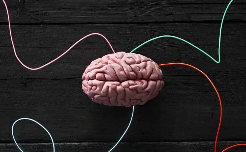 تحسين المزاج والتخلص من الاكتئاب عبر زراعة شريحة في الدماغ