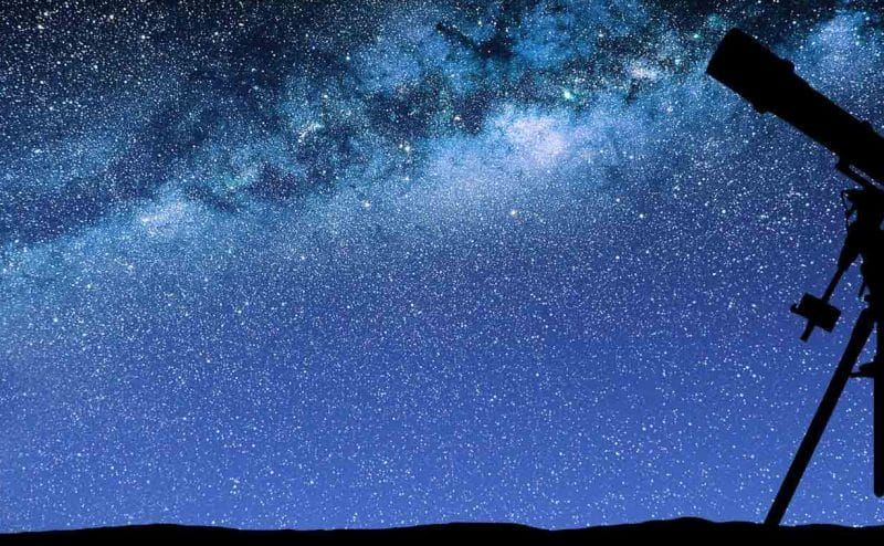 ما الذي تعرفونه عن فلسفة علم الفلك مميزاته