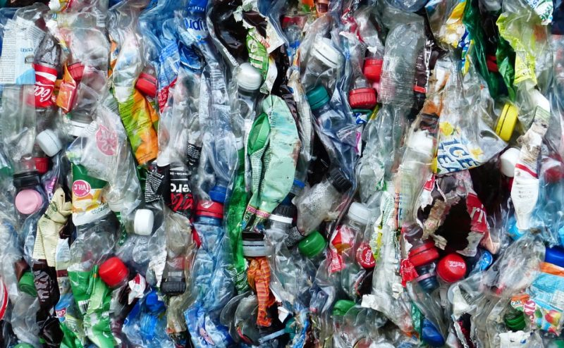 تنزانيا تمر إلى المرحلة الثانية من حظر الأكياس البلاستيكية