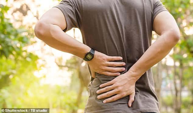 """""""جهاز تنظيم ضربات القلب"""" يمكن أن يساعد في علاج آلام الظهر المزمنة"""
