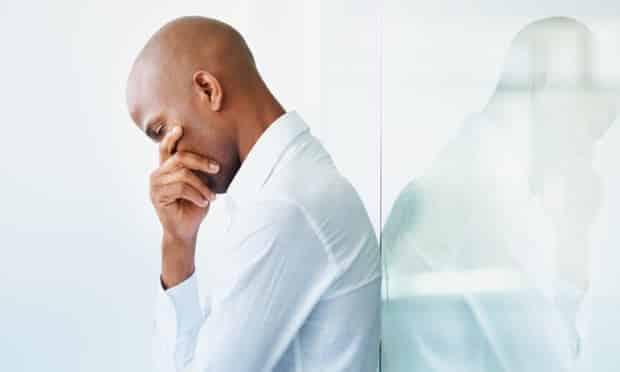 هل يمكن أن يصاب الرجال باكتئاب ما بعد الولادة؟